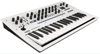 Korg Minilogue-xd-pw Polyphonic Analog Synthesizer. Limited Edition Pearl White
